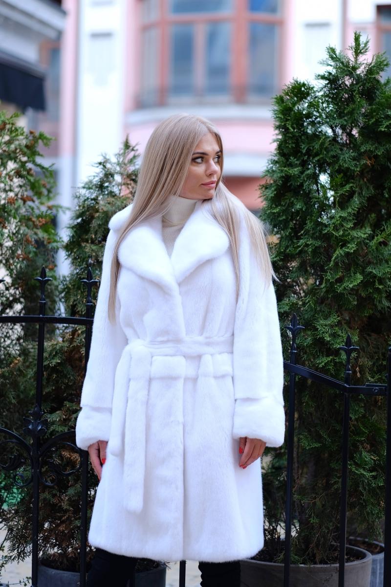Fur coat 01-05-563- WT