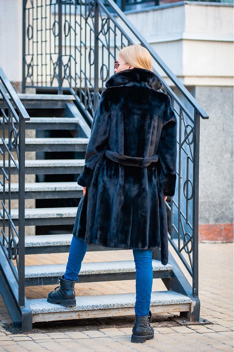 Fur coat 01-05-563- SBV